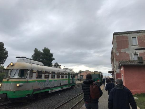ugo_treno